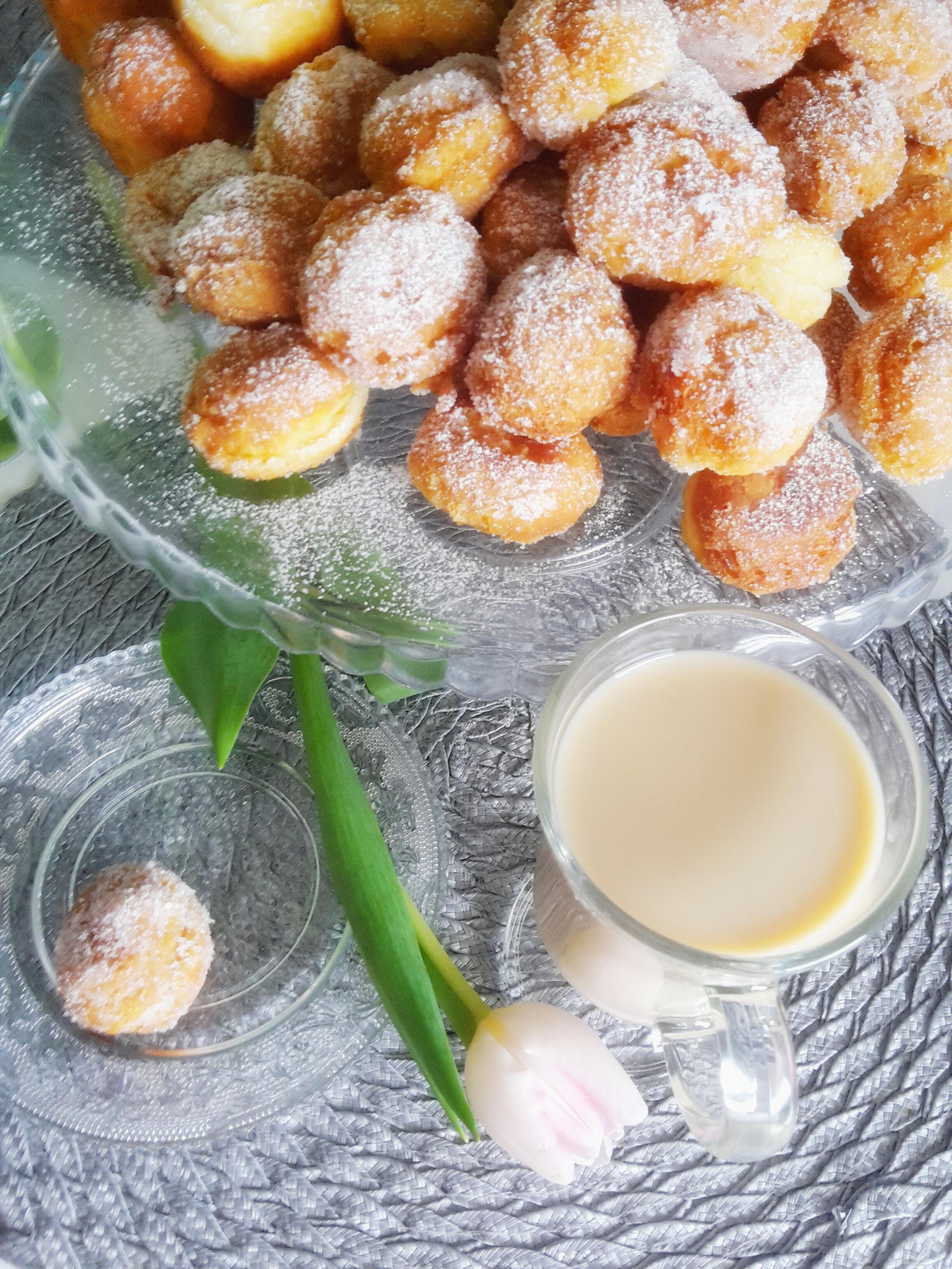 Ekspresowe mini pączki z serem