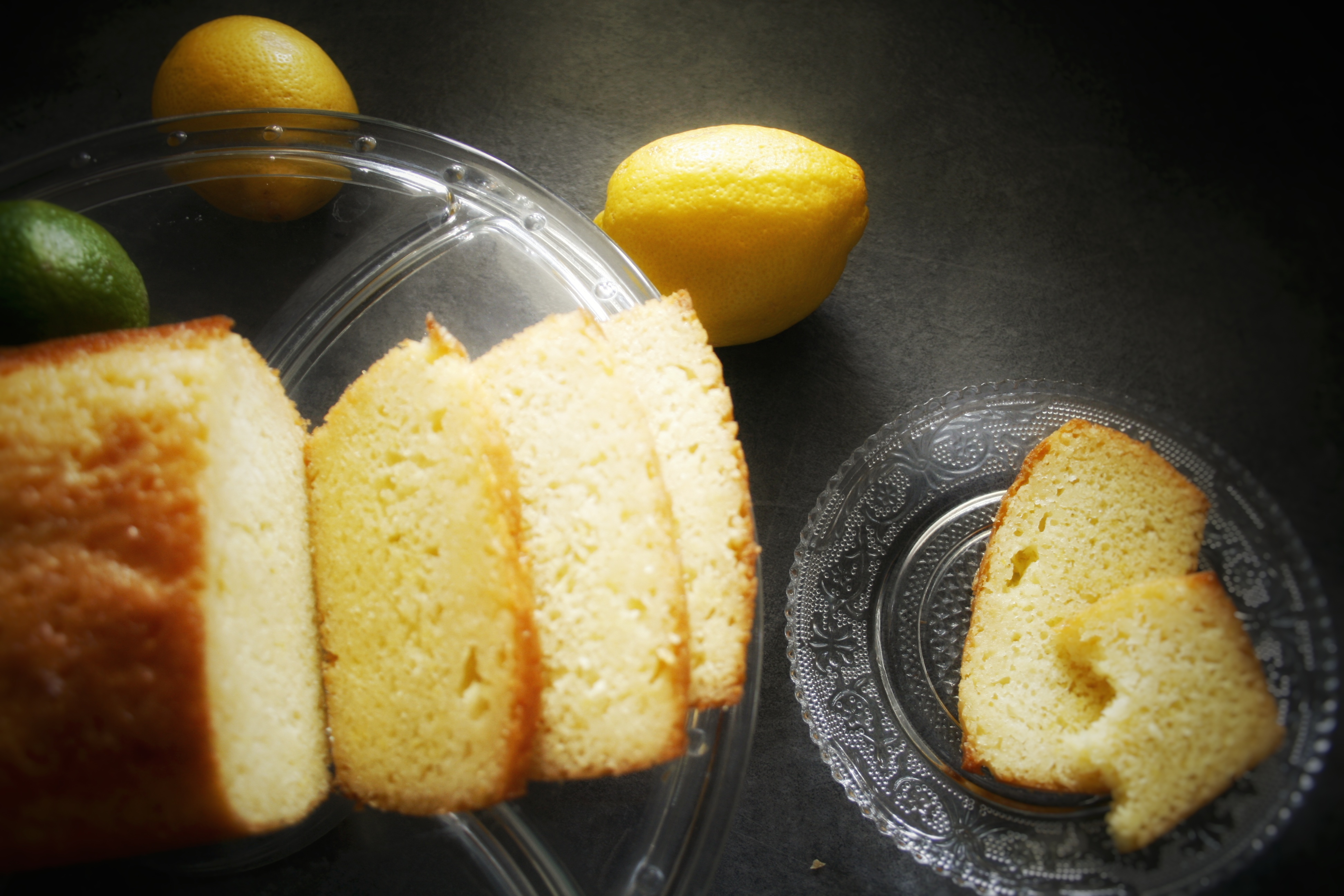Glazurowany lemon cake