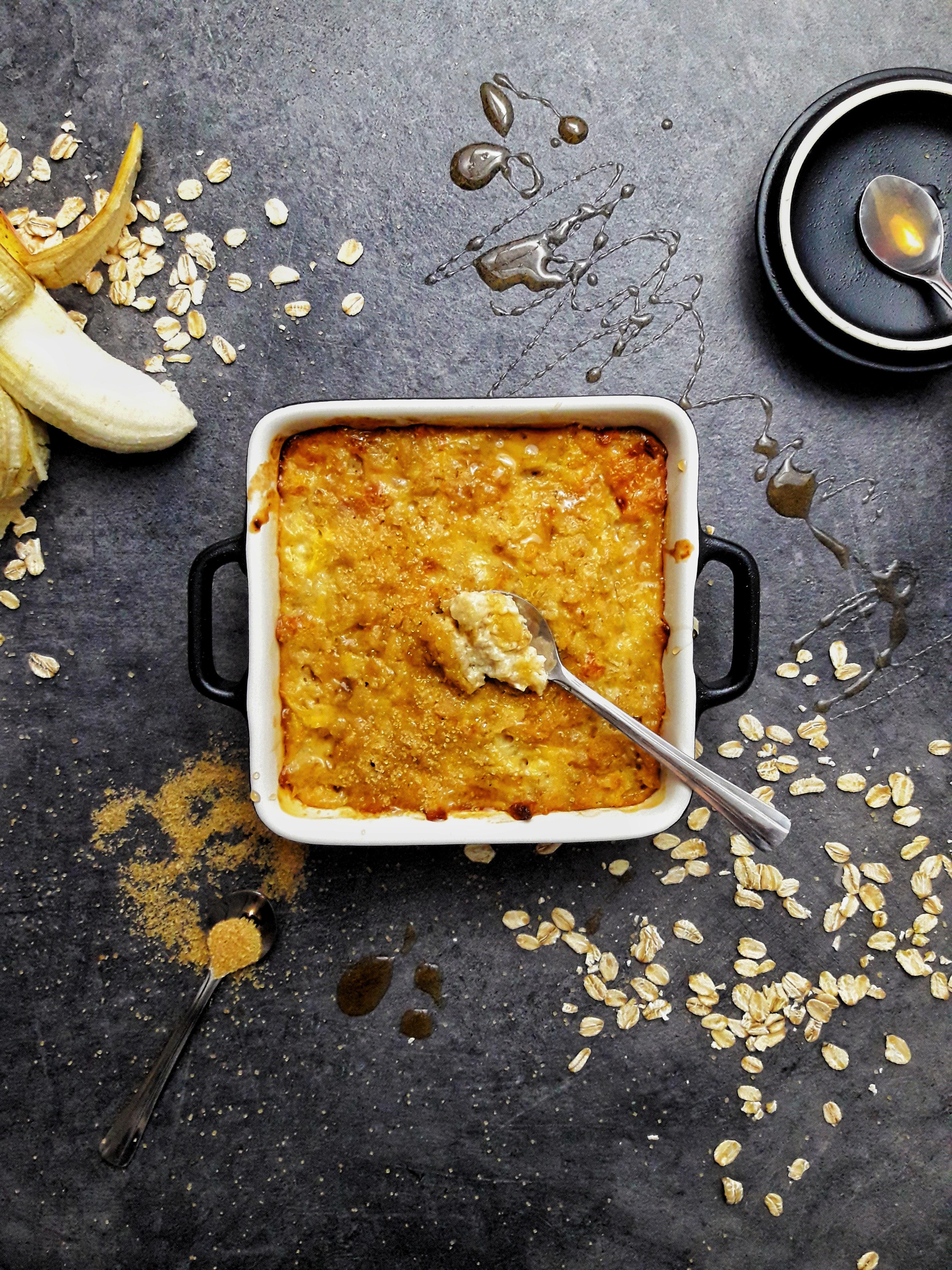 Zapiekana owsianka bananowa – czyli idealne śniadanie na siarczyste mroźne poranki